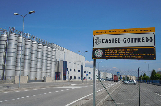 Castel Goffredo, an image of the stockings industrial district, which inspired Busi.