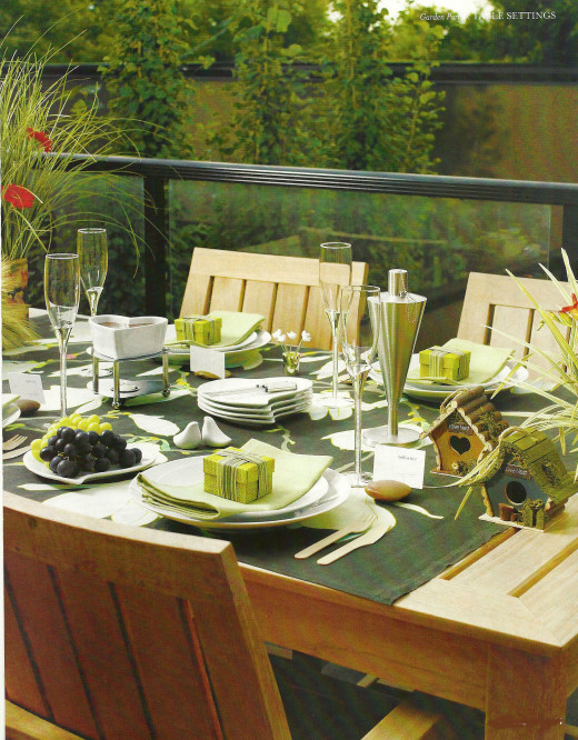 Eco-friendly tablescape