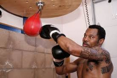 Sugar Shane Mosley defended his lightweight crown eight times and never lost in this weight class.
