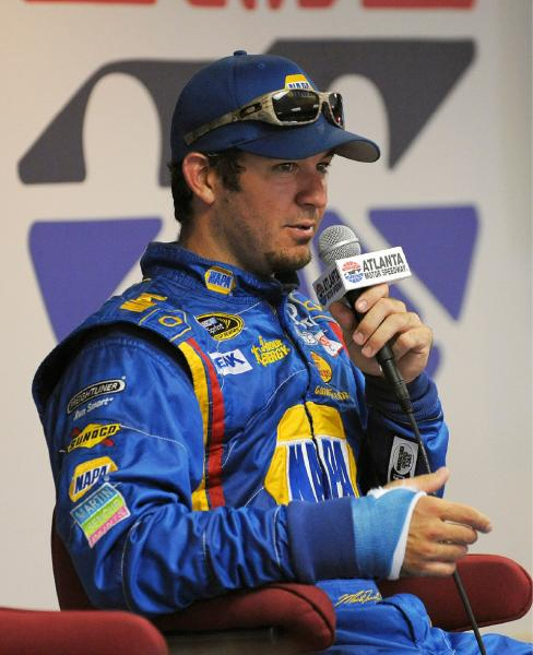Truex is fighting past performance and a broken wrist in this year's Chase