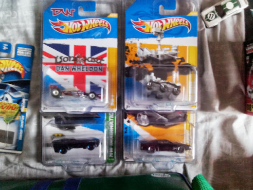 Various hotwheels themed cars