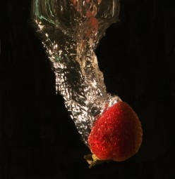 How to Photograph Fruits in Water