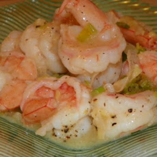 Shrimps are a very easy seafood to work with because the have a great taste without adding any type of seasonings just a little bit of butter can bring some great flavor try for your self and you will see what I am talking about.