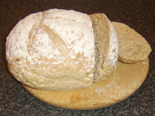 Wheat, spelt and rye bread