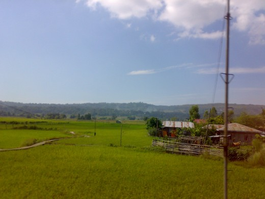 From this location in northern Luzon, the nearest hospital is more than a hundred kilometers away.