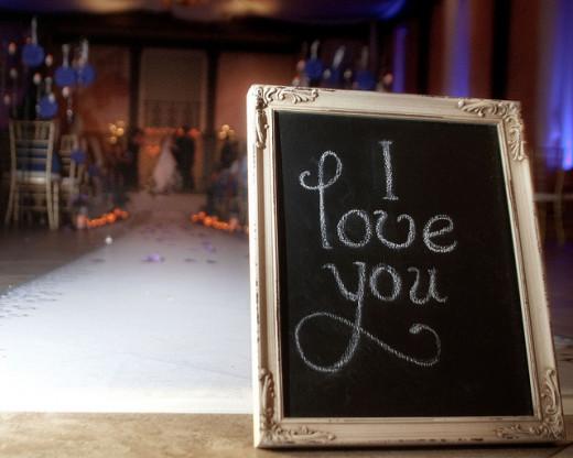 Saving Money on Your Wedding Decorations