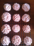 4 Easy Cupcake Icing Recipes