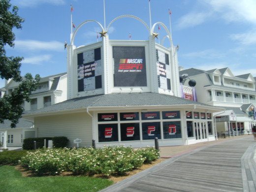 ESPN Zone at the Boardwalk is a great place to catch a game or enjoy some great ball park food.