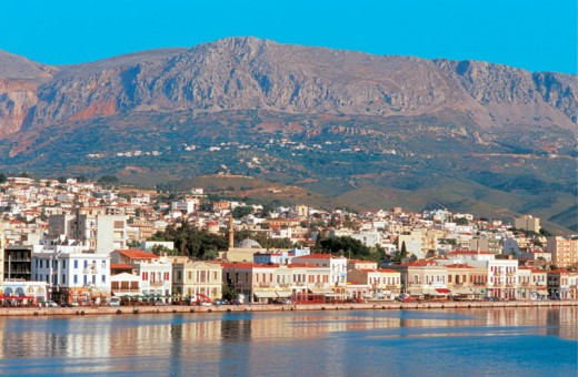 The tranquil main port of Chios