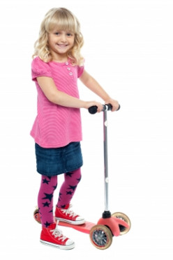 Best Scooter for a 4 Year Old - Reviews of Razor, Radio Flyer and Other Scooters