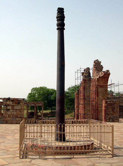 The Iron Pillar of Delhi completely free of rust even after 1700 years!