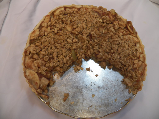 Baked Apple Tart is easy to cut.