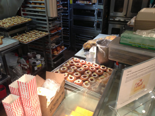 There they are, fresh cronuts!