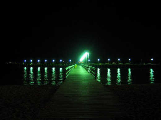 The green light at the end of Daisy's dock (one depiction).