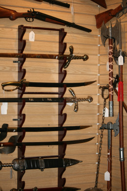 How many different kinds of swords are there? Pirate swords, confederate swords, knightly swords...