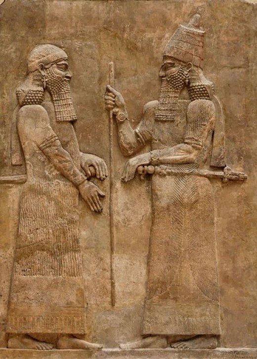 429px-Sargon_II_and_dignitary.jpg
