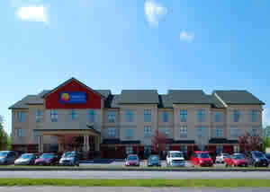 Akwesasne Mohawk Casino's Hotel- Right next door for convenience!