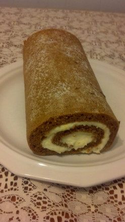 Holiday Pumpkin Roll with Cream Cheese Filling