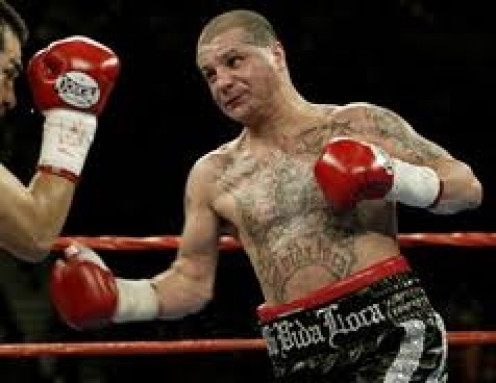 Johnny Tapia was a true warrior in the ring who had a hard life outside of it. He could box or brawl but he loved fighting so he boxed up close normally.