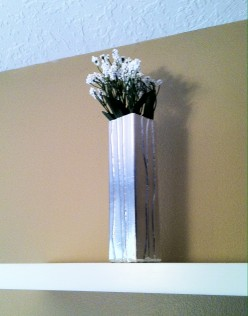 How to Make a Foil-Wrapped, Textured Vase