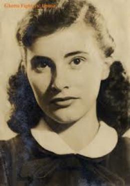 Gerda as a young girl
