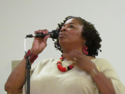 The extremely talented jazz and blues performer Joylet Harris, performed a variety of Nancy Wilson's classics.