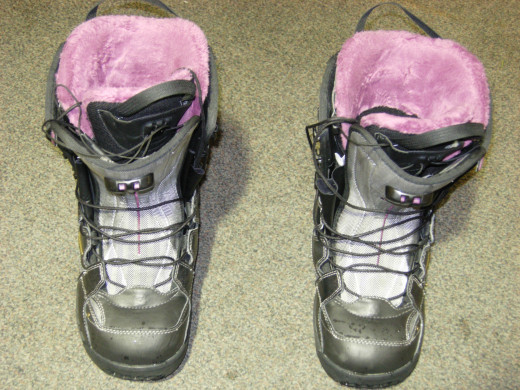 The Salomon boots I used.