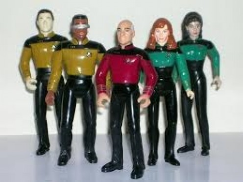 These were the first 5 action figures produced for the Next Generation set. The space craft soon followed along with other characters and creatures.
