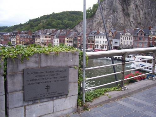 Dinant Bridge; plaque commemorating Charles de Gaulle