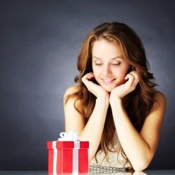 10 Unique Gift Ideas for Women