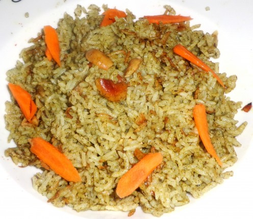 Garnished Spinach Biriyani