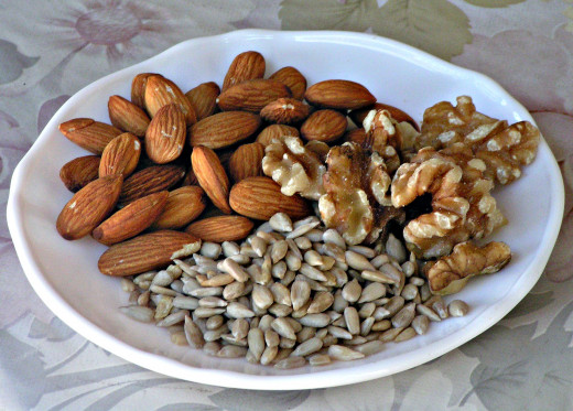 Nutritious Almonds, Walnuts and Sunflower Seeds