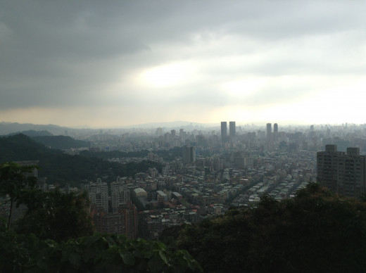 The landscape from the Elephant mountain on the Taipei City