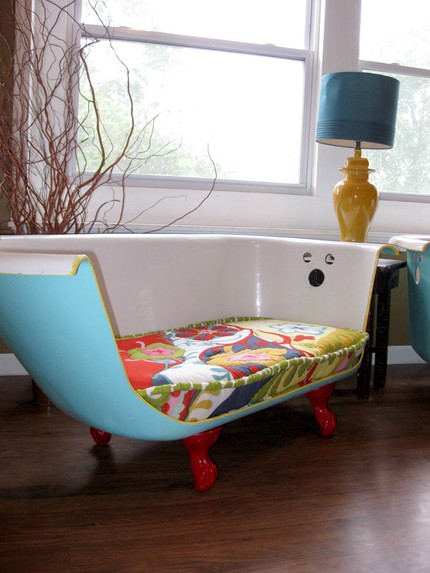 Reused bathtub