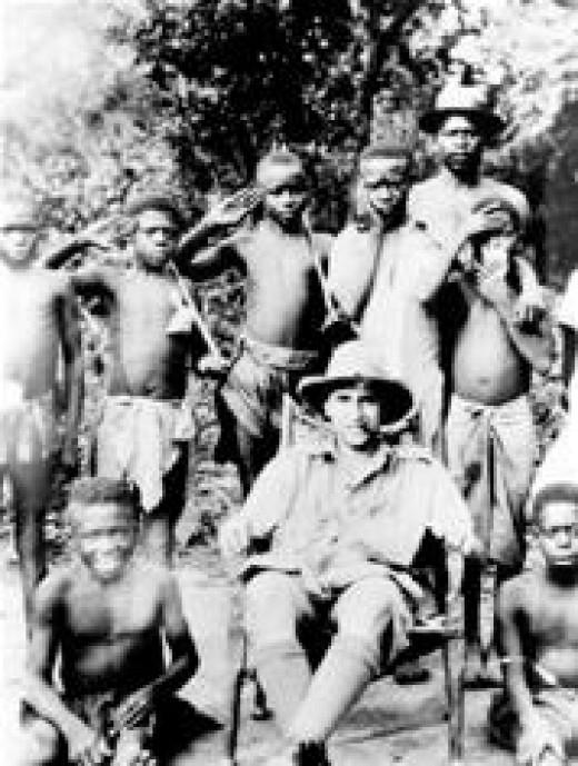 Evans-Pritchard with a group of Zande children