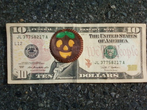 Chocolate Pumpkin Head Bucks