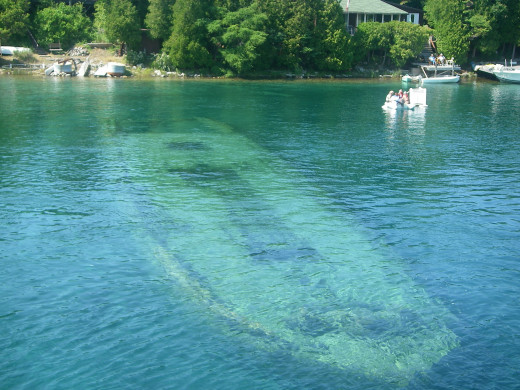 A shipwreck calling scuba divers to explore.