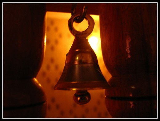 God comes to see without ringing the bell