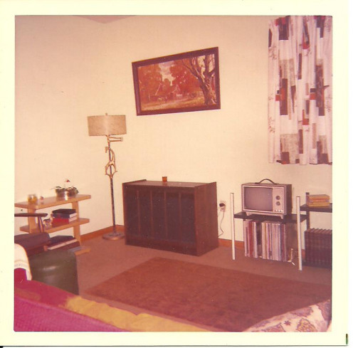 For six and a half years, 1966-1972, I lived and worked in Columbus, Ohio. My first apartment residence at 1 Lane Avenue no longer exists. There is a gas station on that corner now. Pictured is the front room of my second Columbus residence.