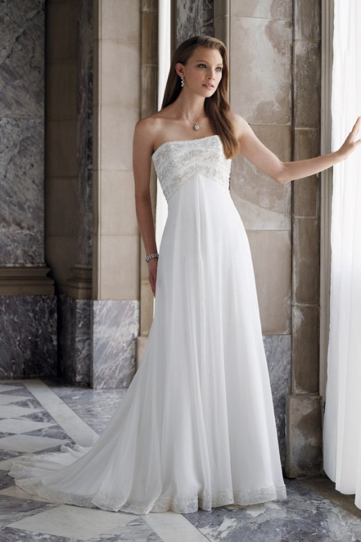 Sweet elegance and simplistic detailing truly captures the innocent of youth. 2009 collection Style No. Y1936