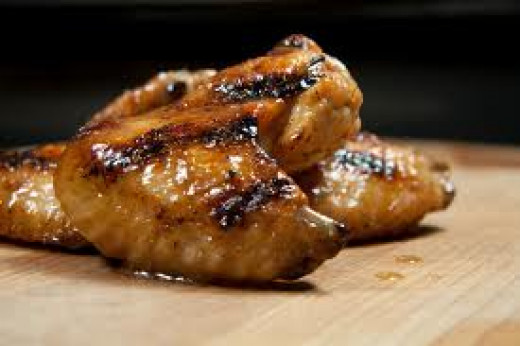 Cooked chicken wings