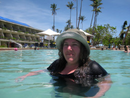 More infinity pool action!