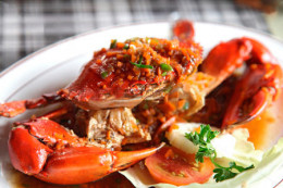 Delicious crab dinner at the Takali Terrace Restaurant.