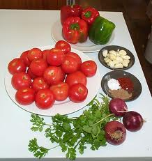 Some of the ingredients used in making spaghetti sauce.