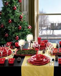 Make your Christmas lunch table look colourful and festive