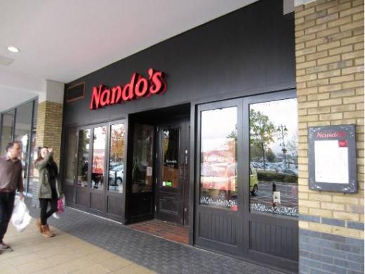 Nando's Chickenland (Portuguese)