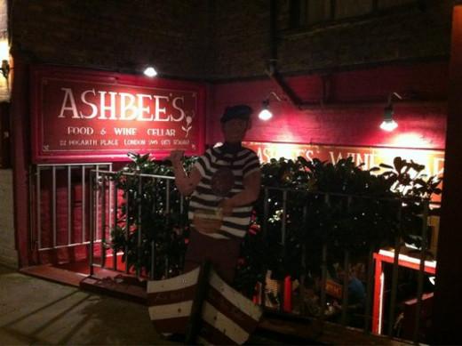 Ashbee's (Bars)