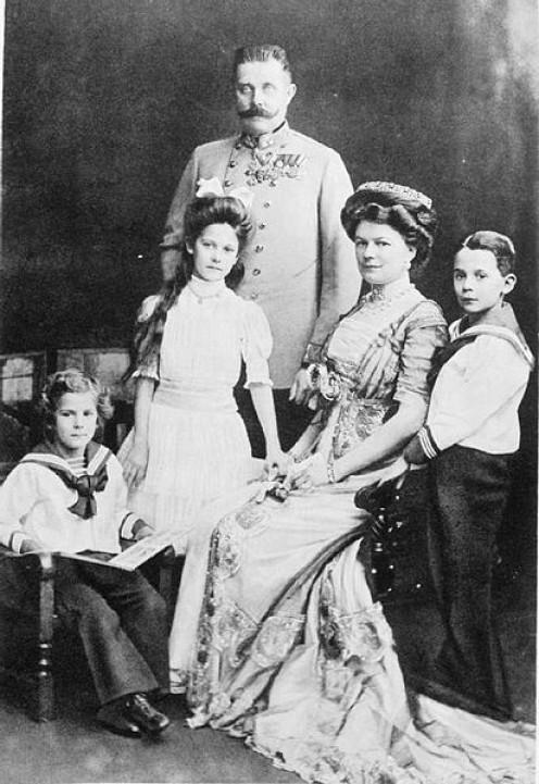 Archduke Franz Ferdinand with his wife Sophie, Duchess of Hohenberg and their three children, Princess Sophie, Maximilian, Duke of Hohenburg and Prince Ernst von Hohenberg.