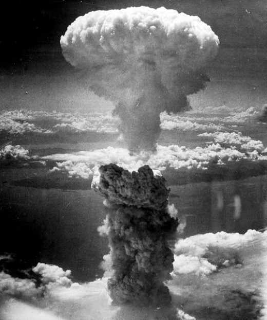 The mushroom cloud of the atomic bombing of Nagasaki, Japan on August 9, 1945 rose some 18 kilometers (11 mi) above the bomb's hypocenter.