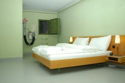 Null Stern - Cheap Hotel in a Nuclear Bunker